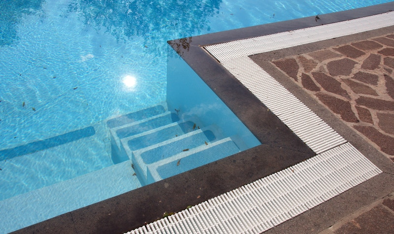 Fibreglass Pool VS Concrete Pools